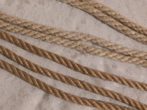 Comparison of Knot Knormal Jute rope and Hemp rope